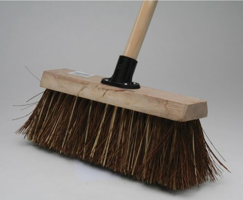 BASS YARD BROOM 12""