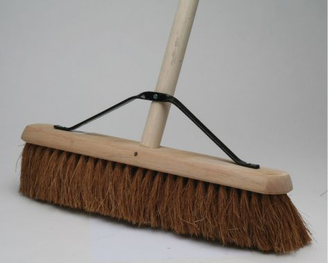 COCO CONTRACT PLATFORM BROOM 18""